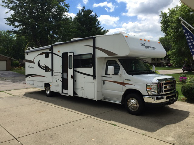 2013 Coachmen Freelander, 32 Ft. Class C Motorhome RV Rental