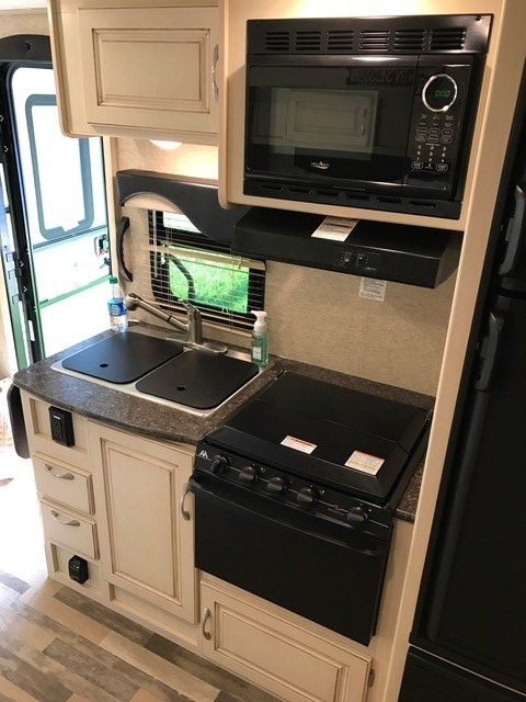 2016 Winnebago Micro Minnie Travel Trailer Kitchen