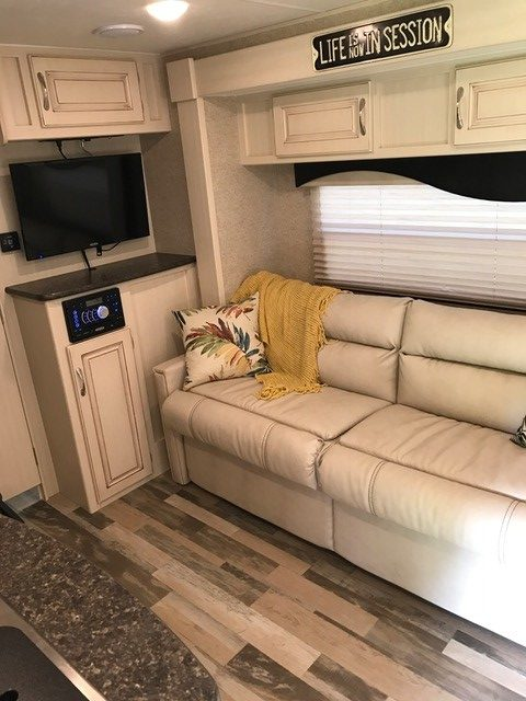 2016 Winnebago Micro Minnie Travel Trailer Living Area